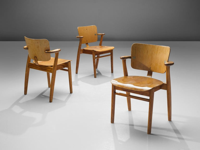 Ilmari Tapiovaara Set of Eight 'Domus' Dining Chairs In Good Condition For Sale In Waalwijk, NL