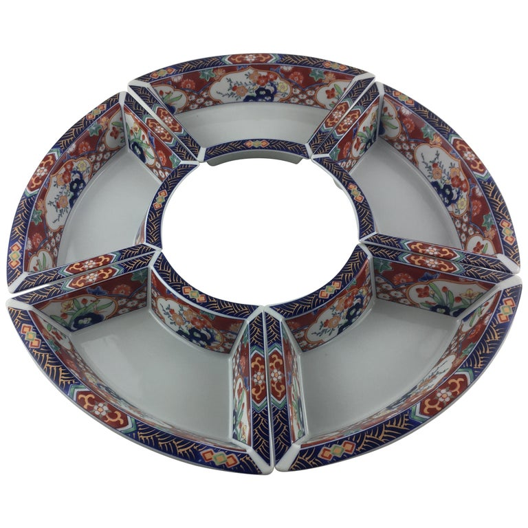 Imari Octagonal Shaped Serving Dish Comprised of 5 Bowls For Sale