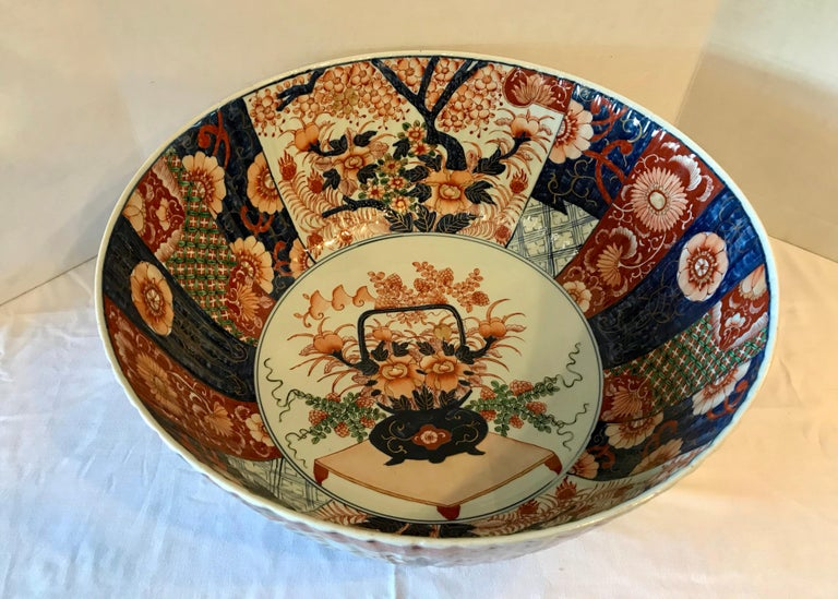 Imari Punch Bowl In Good Condition For Sale In West Palm Beach, FL