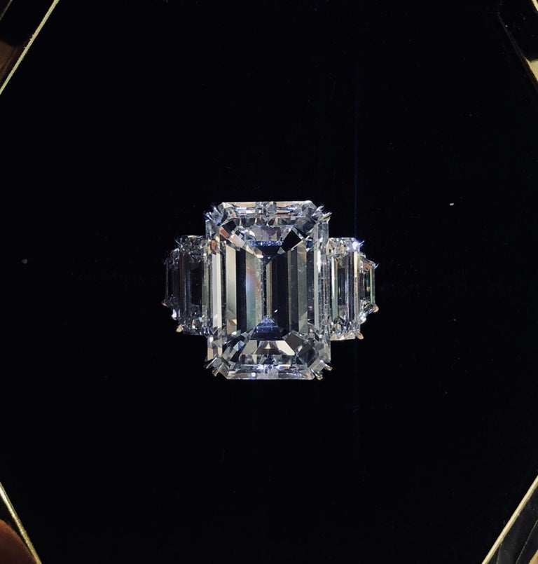 GIA Certified 13.50 carats Emerald Cut Diamond  Engagement Ring In New Condition For Sale In New York, NY