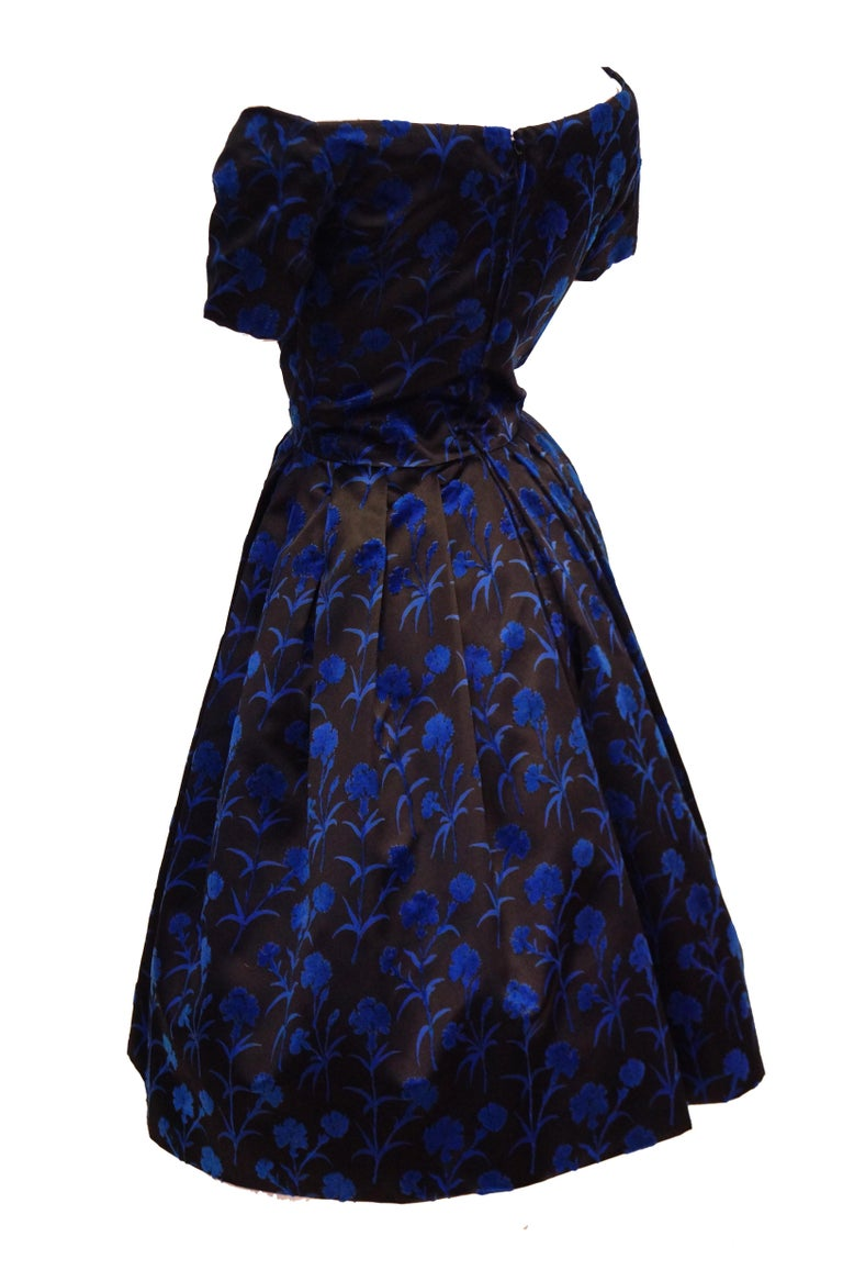 Women's Important 1950s Christian Dior Couture Blue & Black Silk & Velvet New Look Dress For Sale