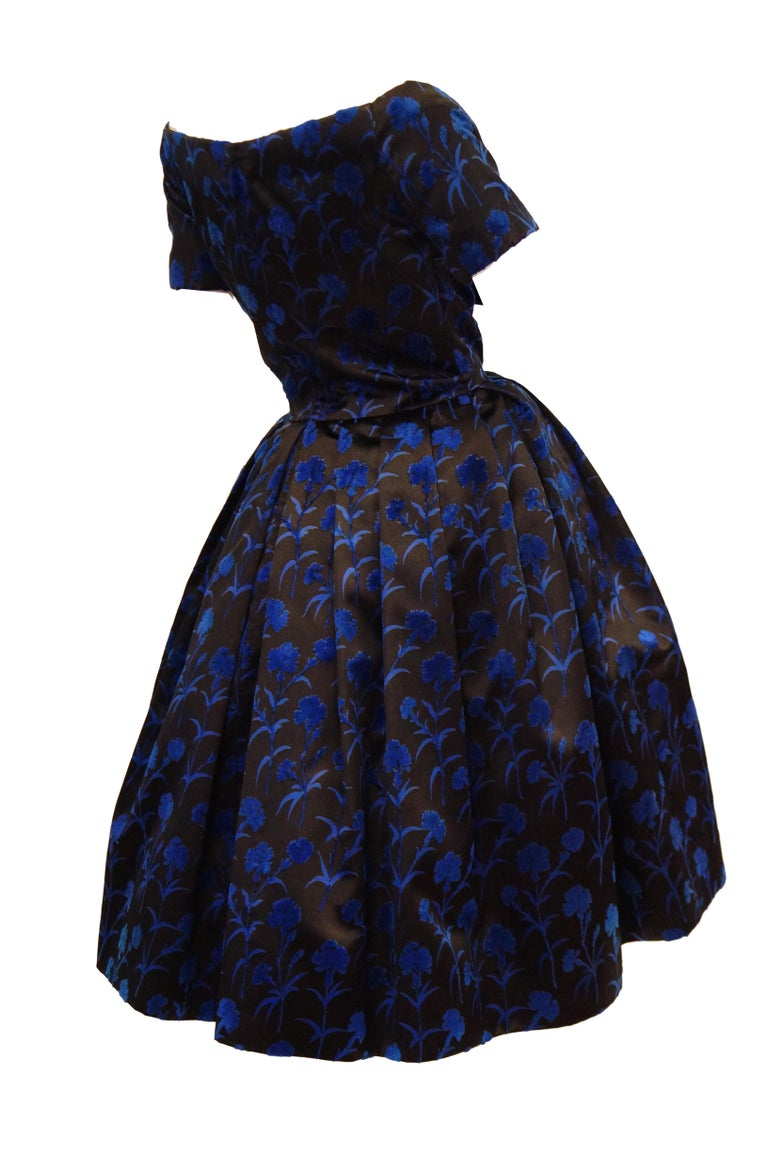 Important 1950s Christian Dior Couture Blue & Black Silk & Velvet New Look Dress For Sale 2