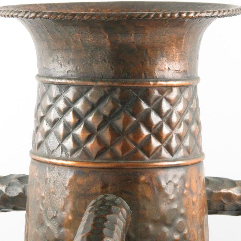 Important 1960s Italian Hammered Copper Baluster Urn Vase For Sale 2