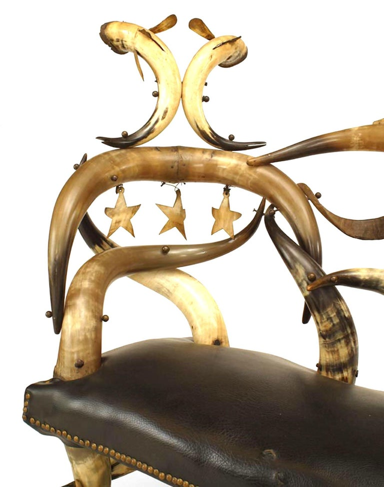 Important 19th C. American Steer Horn Chaise  In Good Condition For Sale In New York, NY