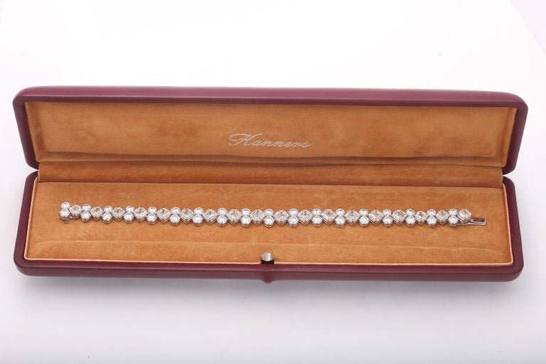 Important Asscher Cut and Round Diamond Platinum Bracelet In New Condition For Sale In Bal Harbour, FL