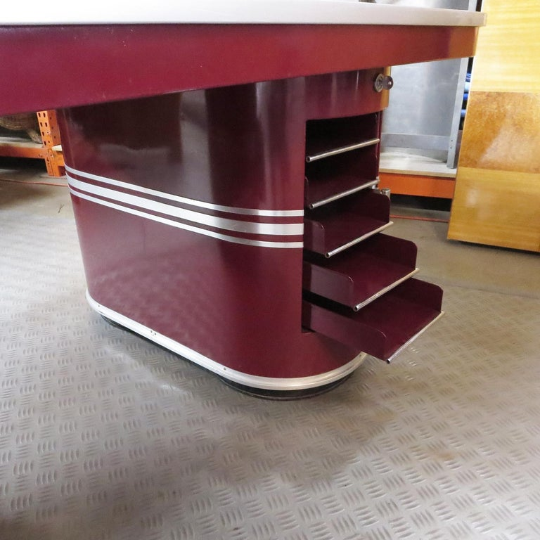 Mid-20th Century Important Art Deco Executive Desk and Chair by Mauser For Sale