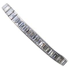 Important Baguette 25 carats Diamond Platinum Straight Line Bracelet