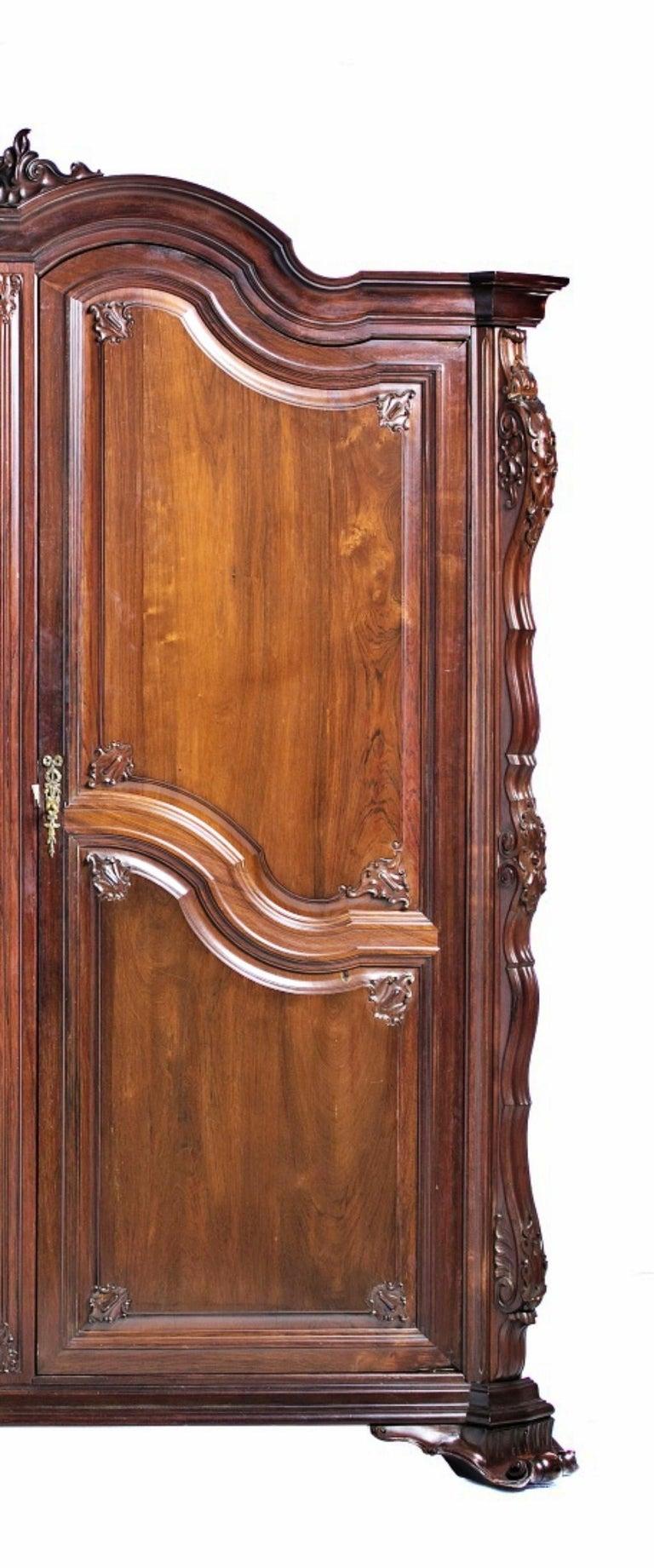 Portuguese Important Brazilian Wardrobe Closet in Palisander Wood, 20th Century For Sale