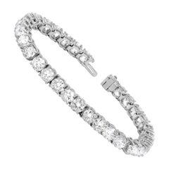 Important Certified 15.00 Carat Diamond Tennis Bracelet