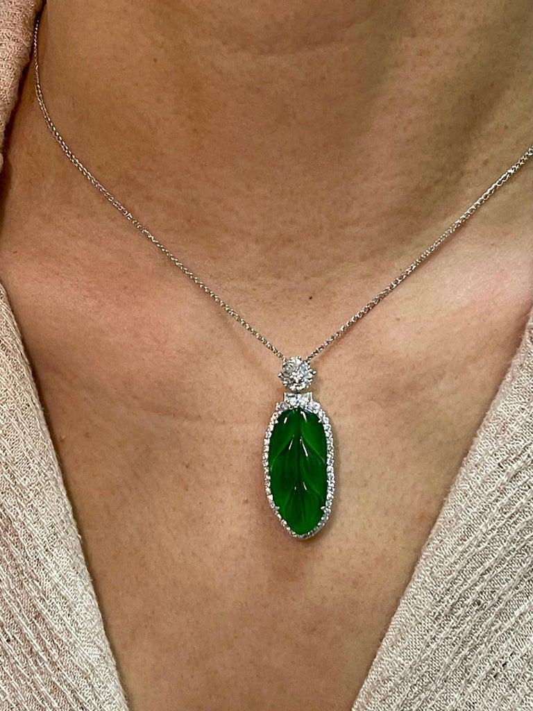 Important Certified Imperial Jadeite Jade & Diamond Pendant Necklace, Icy Jade For Sale 11