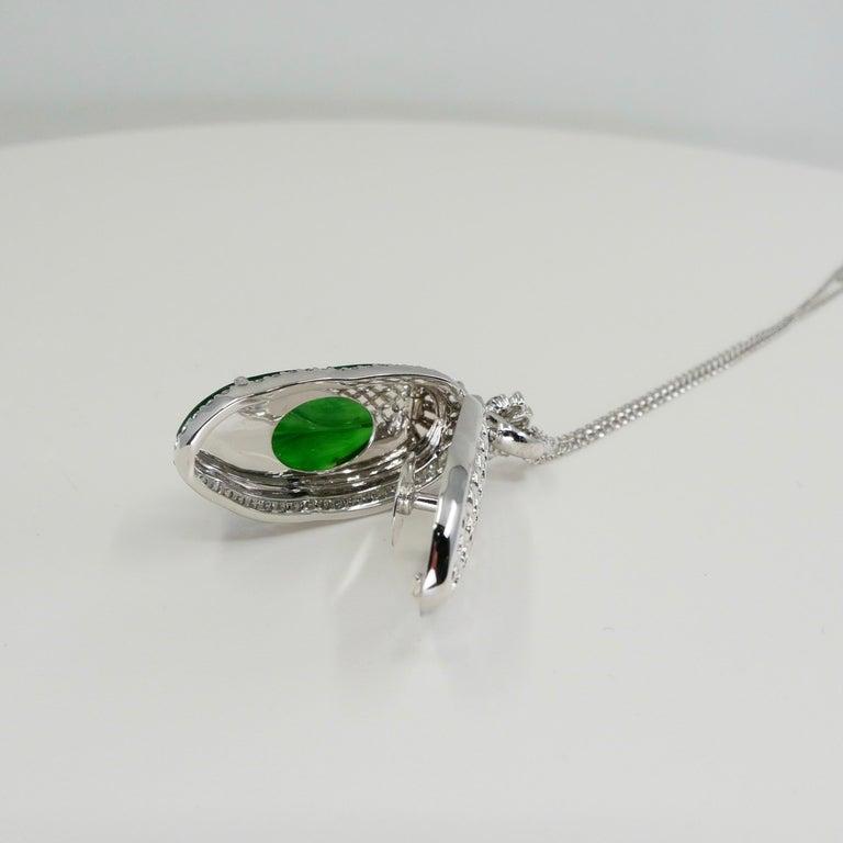 Important Certified Imperial Jadeite Jade & Diamond Pendant Necklace, Icy Jade For Sale 1