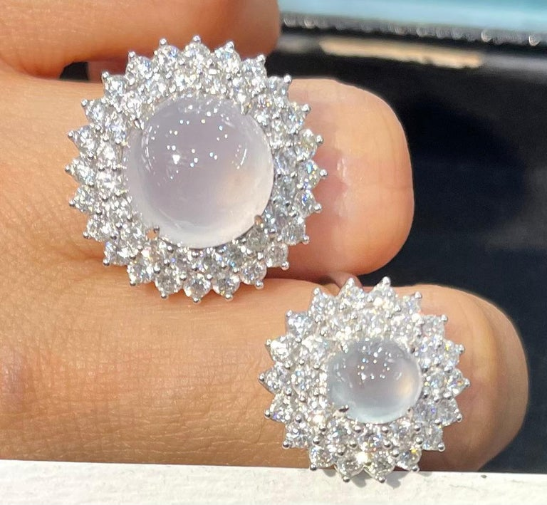 Contemporary Important Certified Natural Type A Icy Jade and Diamond Cocktail Ring For Sale
