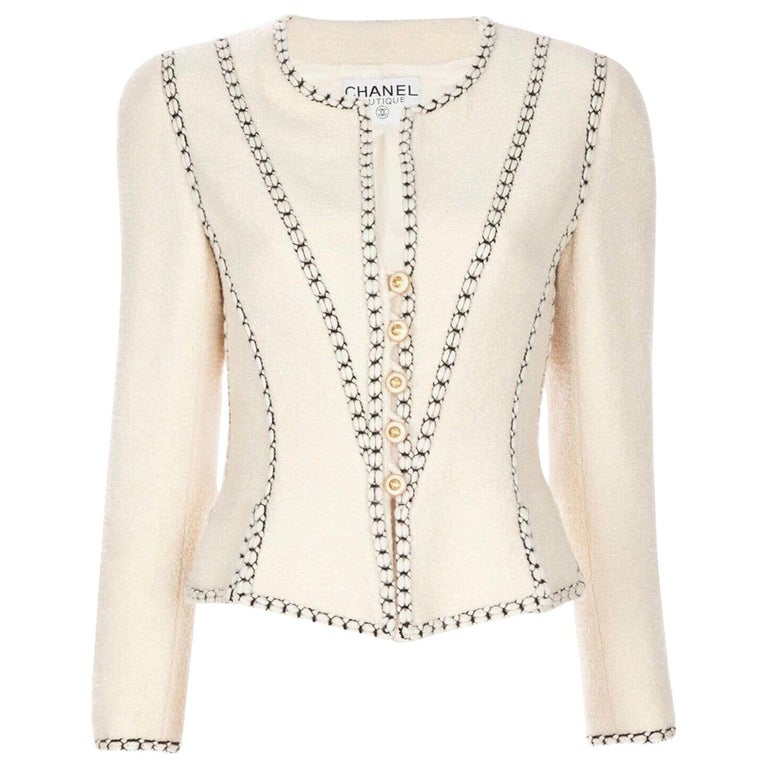 Important Chanel Ivory CC Logo Signature Jacket Blazer For Sale