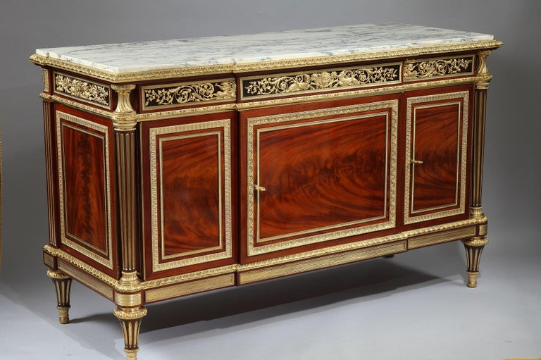 Signed KRIEGER PARIS on the lock of the drawers, and on a metal plaque