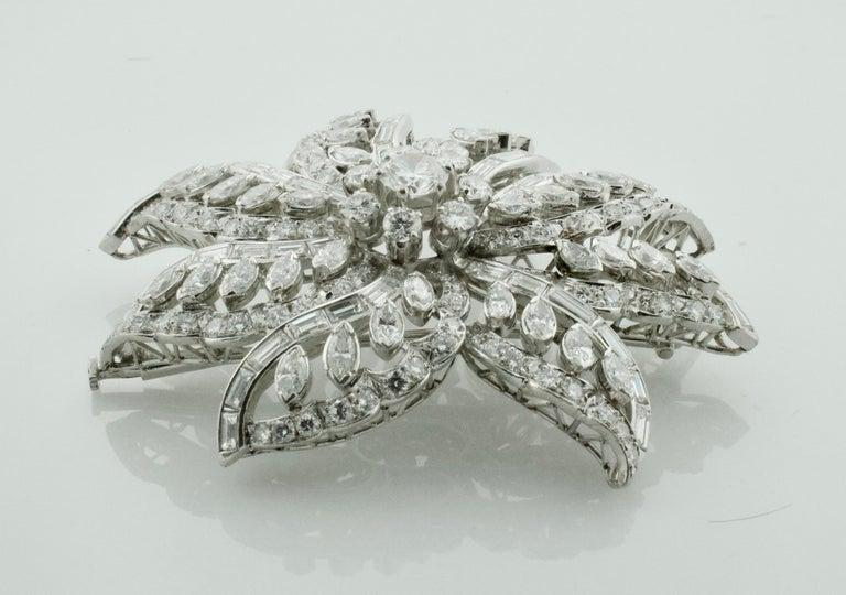 Round Cut Important Diamond Flower Brooch in Platinum, circa 1940s 15.65 Carat For Sale