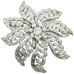 Important Diamond Flower Brooch in Platinum, circa 1940s 15.65 Carat
