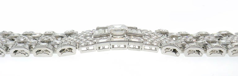 Art Deco Revival Diamond Platinum Bracelet, 1960s For Sale 1