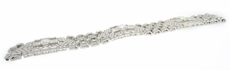 Art Deco Revival Diamond Platinum Bracelet, 1960s For Sale 2