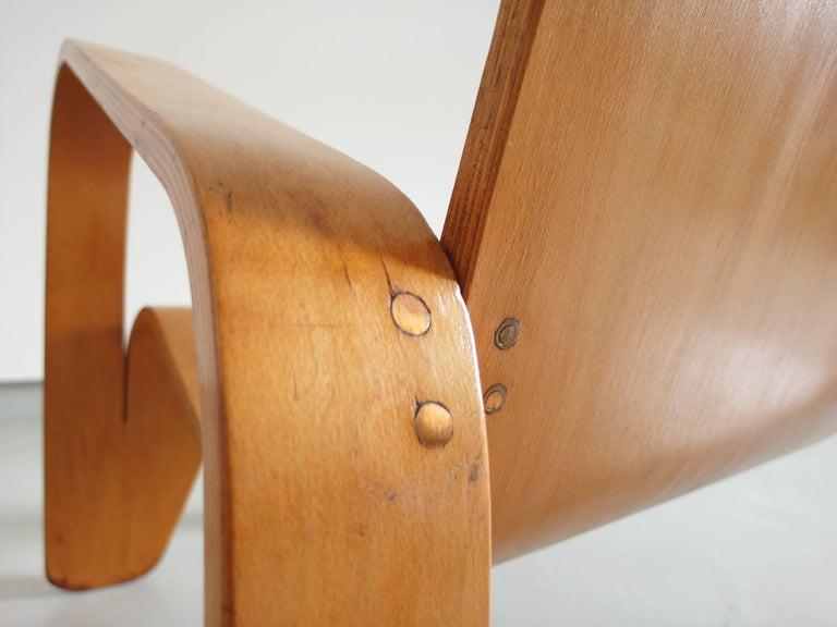 Important Dutch Modernist Lawo Lounge Chair by Han Pieck for Lawo Ommen, 1946 For Sale 7