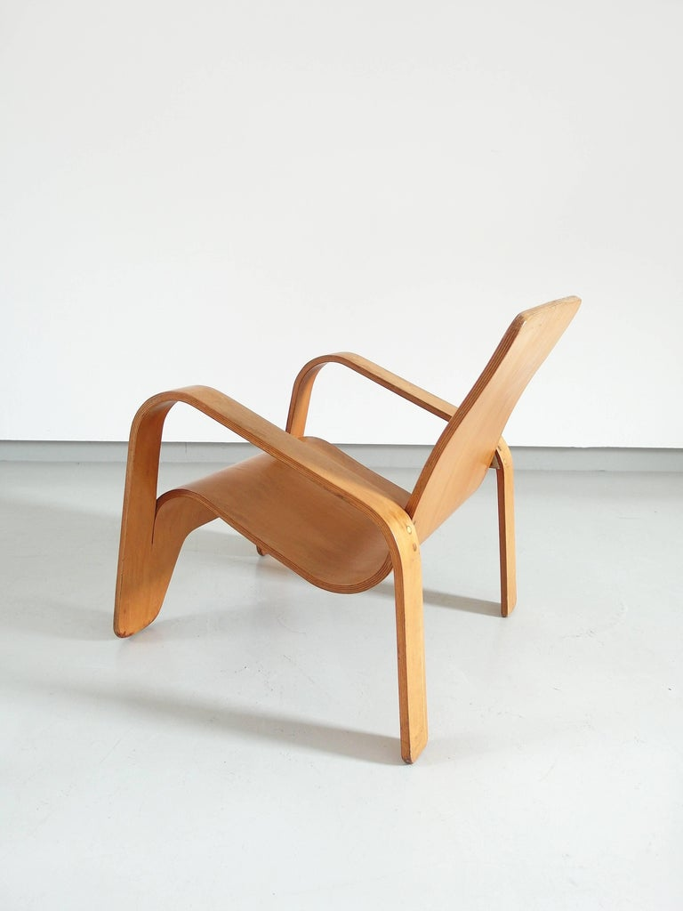 Important Dutch Modernist Lawo Lounge Chair by Han Pieck for Lawo Ommen, 1946 For Sale 4