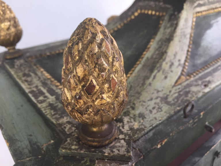 Important Early 18th Century Italian Baroque Reliquary Casket For Sale 6