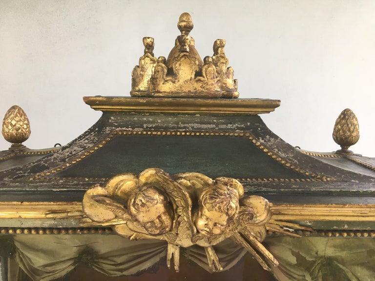 Important Early 18th Century Italian Baroque Reliquary Casket For Sale 2