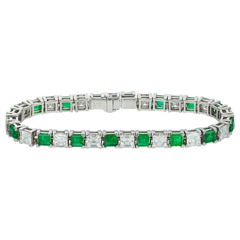 Important Emerald and Assher-Cut Diamond Line Bracelet For Sale