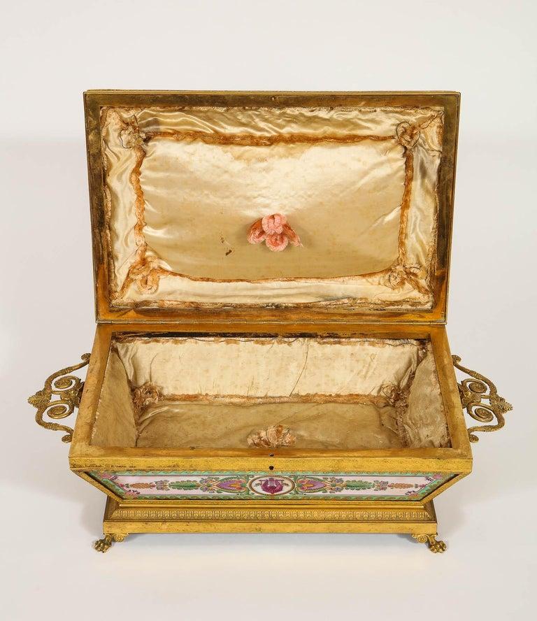 Important Empire Period Paris Porcelain & Ormolu-Mounted Casket/Box/Jewelry Box For Sale 3
