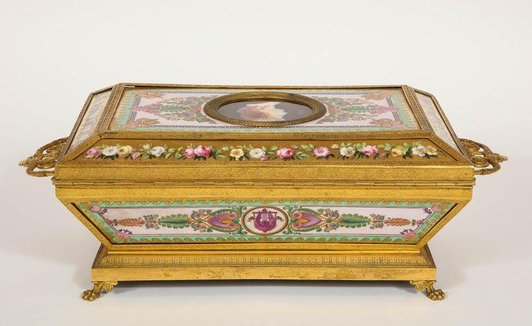 Important Empire Period Paris Porcelain & Ormolu-Mounted Casket/Box/Jewelry Box For Sale 2