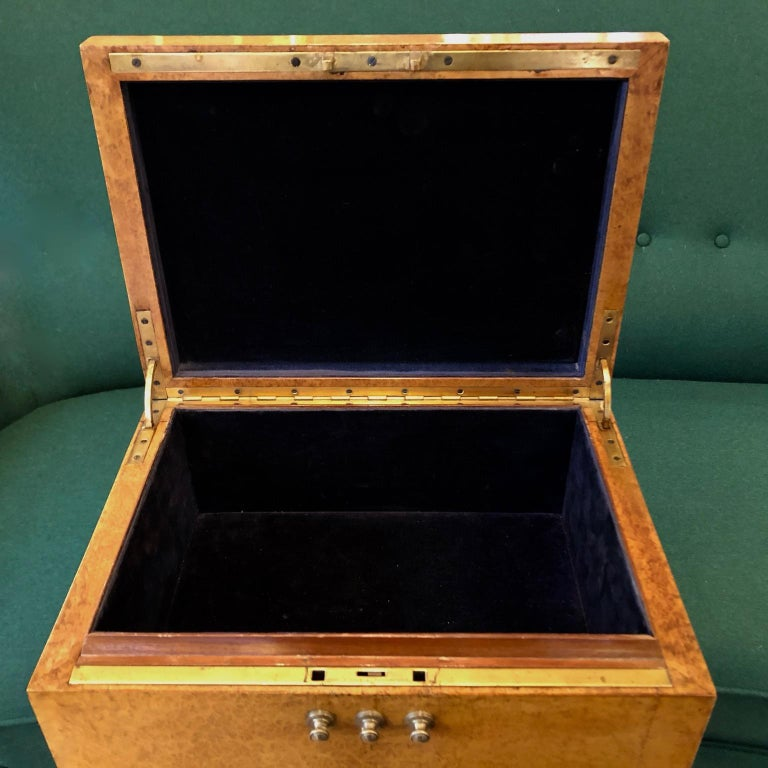 Important Art Deco Jewellery Box on Legs, France, circa 1930s In Good Condition For Sale In London, GB