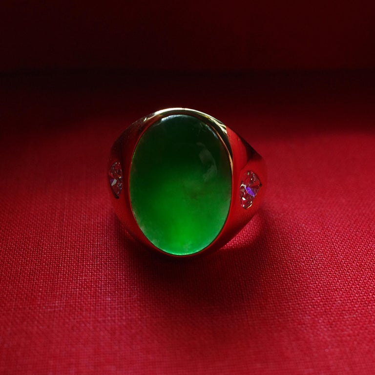 Jade Ring with Diamonds circa 1965 GIA Certified Untreated For Sale 1