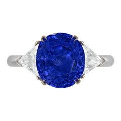 Important Gubelin SSEF AGL Certified 6.50 Carat Kashmir Blue Sapphire Ring