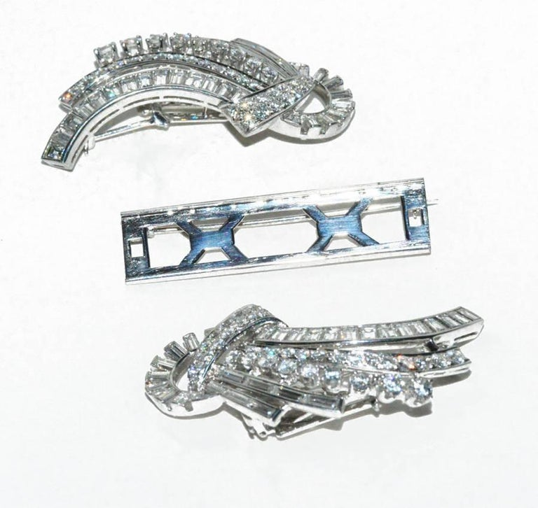 Important Harry Winston Diamond Duette Brooch In Excellent Condition For Sale In Teaneck, NJ