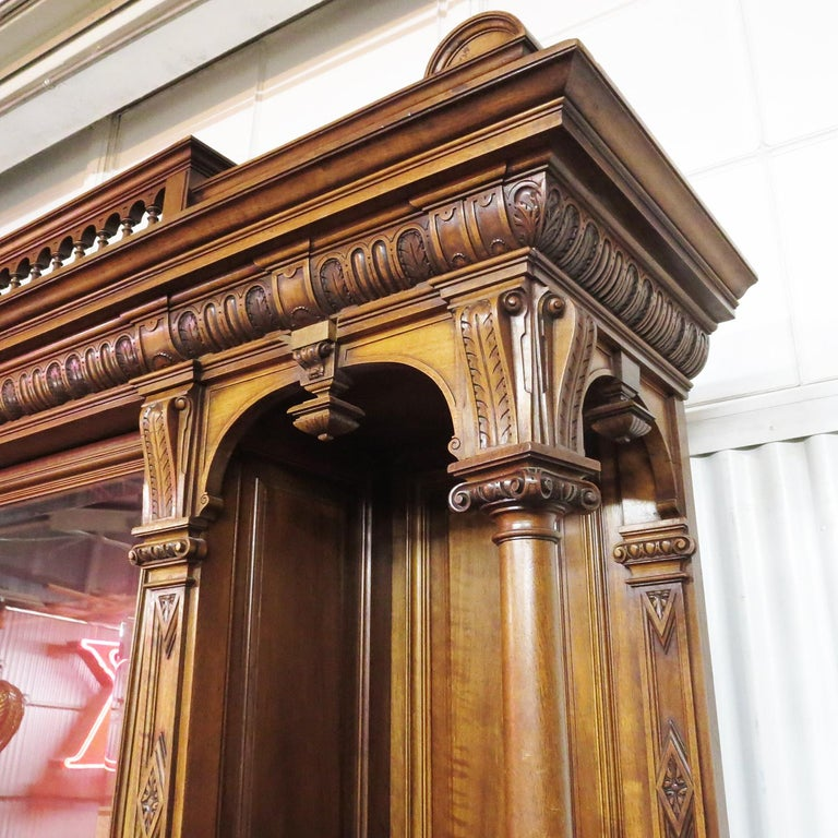 Hand-Carved Important Italian Renaissance Sideboard Cabinet, Late 19th Century For Sale