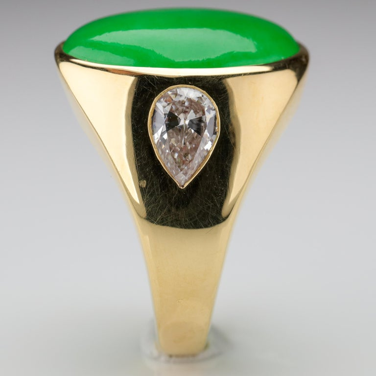 Important Jade Ring with Diamonds Midcentury Untreated For Sale 6