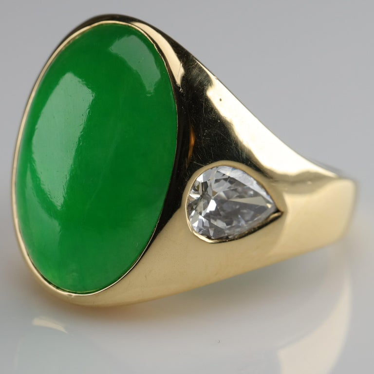 Contemporary Important Jade Ring with Diamonds Midcentury Untreated For Sale