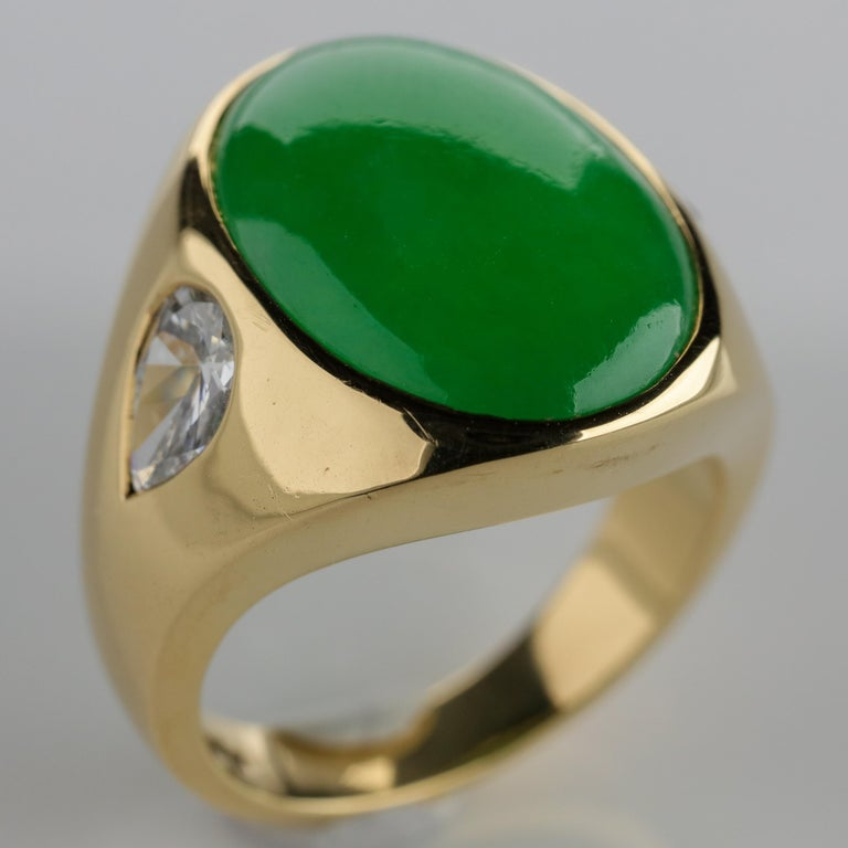 Women's or Men's Important Jade Ring with Diamonds Midcentury Untreated For Sale