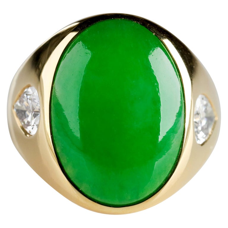 Important Jade Ring with Diamonds Midcentury Untreated For Sale