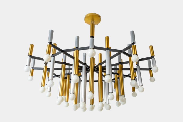 Italian Important Large Stilnovo Chandelier Model 1155/43 For Sale