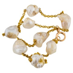 Important Mississippi River Pearl Necklace of Supreme Beauty and Unavailability