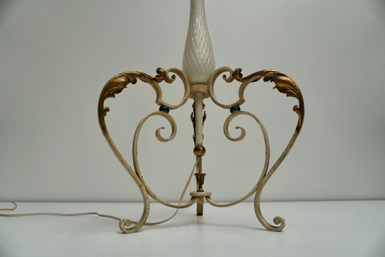 Important Murano Gold Inclusion Glass Floor Lamp Attributed to Seguso circa 1948 For Sale 6