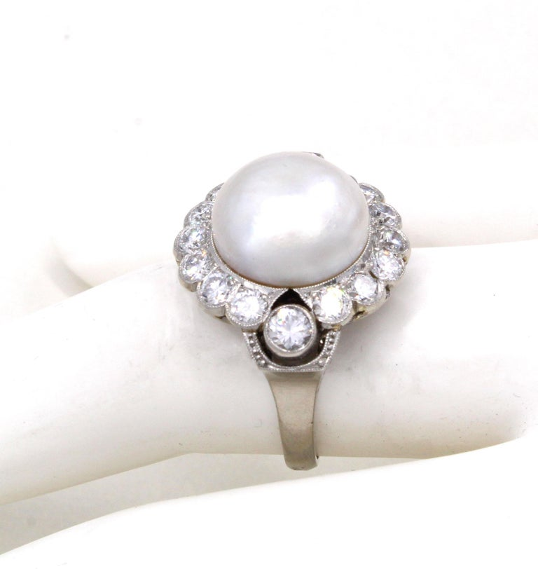 Important Natural Saltwater Pearl Diamond Platinum Ring In Excellent Condition For Sale In New York, NY