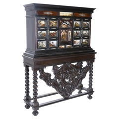 Important Neapolitan Desk 'Bargueño' from the 18th Century