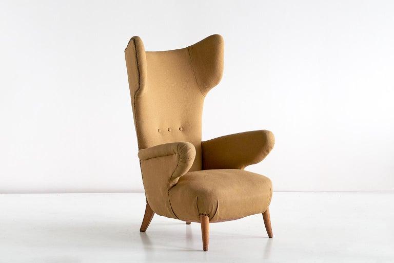 Important Ottorino Aloisio Wingback Chair, Colli Turin, Italy, 1957 For Sale 1