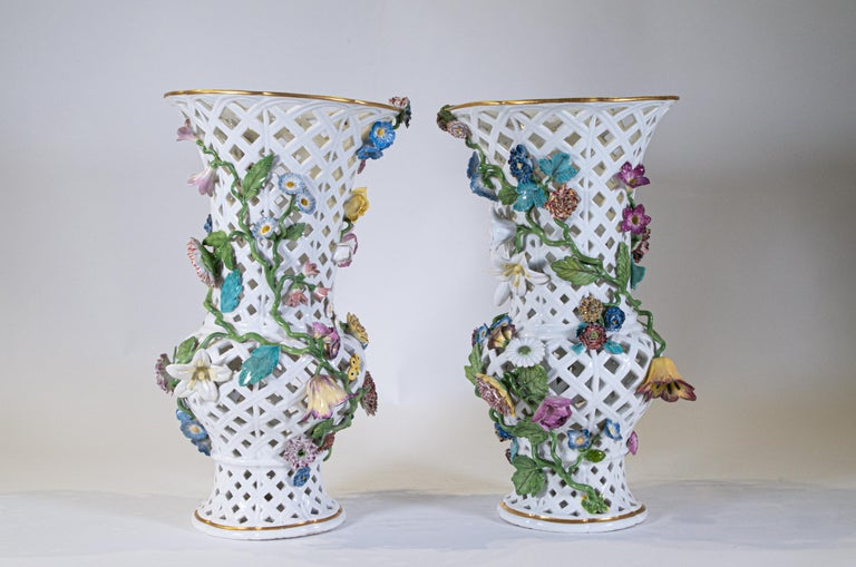 German Important Pair of Meissen Porcelain Filigree Vases with Raised Flowers For Sale