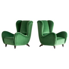 Important Pair of Guglielmo Ulrich Attributed Armchairs in Green Velvet, 1940s