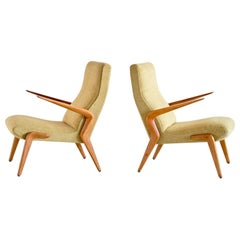 Important Pair of Osvaldo Borsani P71 Armchairs in Walnut, Tecno, Italy, 1954