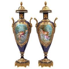 Important Pair of Sèvres Porcelain