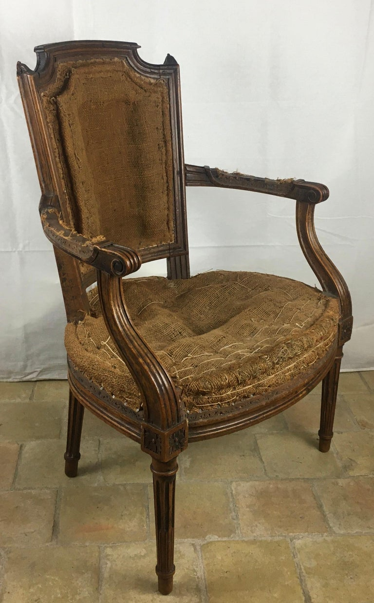 Important Pair of Stamped Louis XVI 18th Century Armchair or Fauteuils For Sale 4
