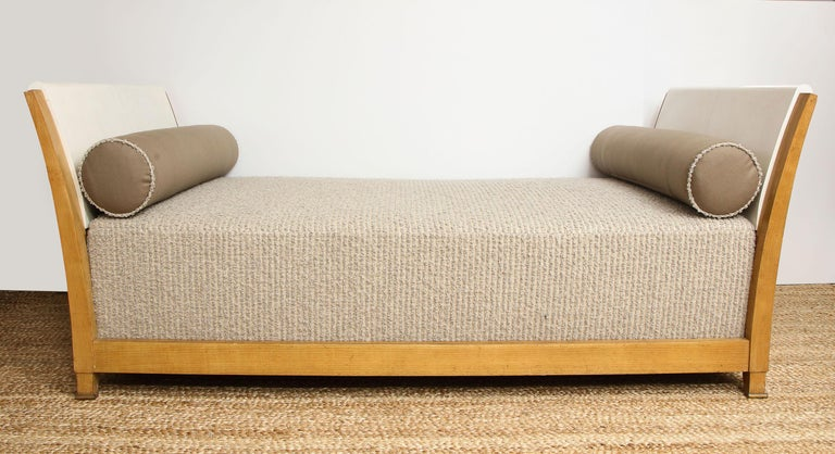 Important Parchment Daybed by Jansen For Sale 2